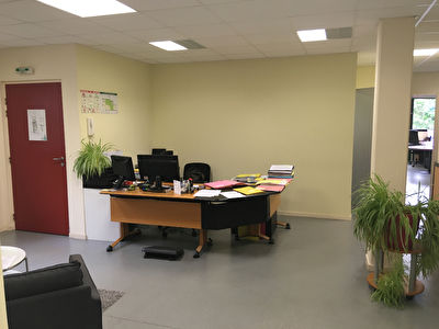 TEXT_PHOTO 3 - Plateau de bureau 178 m² zone de Kergaradec