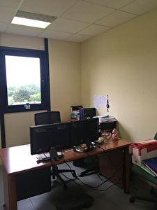 TEXT_PHOTO 7 - Plateau de bureau 178 m² zone de Kergaradec