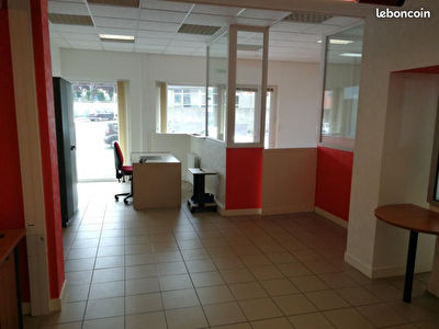 TEXT_PHOTO 0 - Local commercial Brest 130 m2